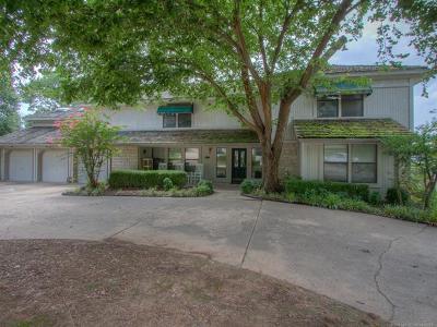 Tulsa Single Family Home For Sale: 8838 S Quebec Avenue