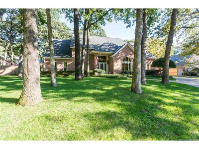 Tulsa Single Family Home For Sale: 10811 S Canton Avenue