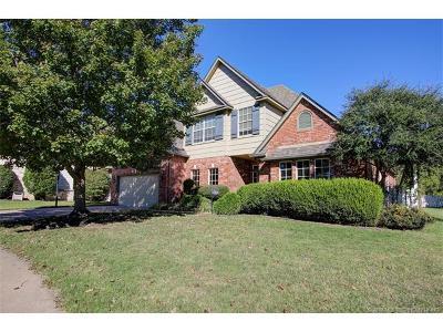 Broken Arrow, Jenks, Tulsa Single Family Home For Sale: 2204 W Vicksburg Street