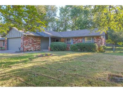 Glenpool Single Family Home For Sale: 13831 S Dogwood Street