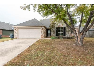 Jenks Single Family Home For Sale: 1005 W 117th Street S