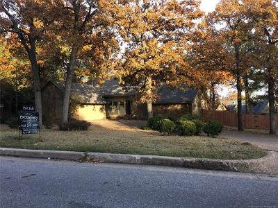 Tulsa Single Family Home For Sale: 10617 S 69th East Avenue