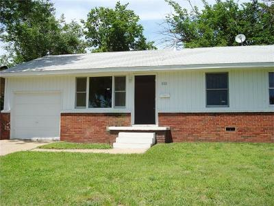 Tulsa Single Family Home For Sale: 113 W 50th Street N