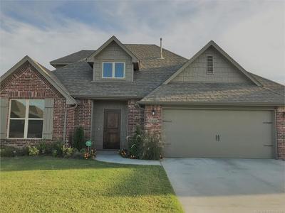 Broken Arrow Single Family Home For Sale: 7313 E Nashville Street