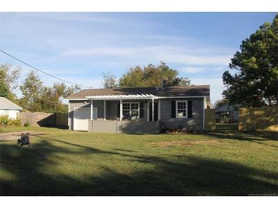 Glenpool OK Single Family Home For Sale: $127,500