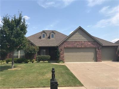 Owasso Single Family Home For Sale: 9305 N 93rd East Avenue E