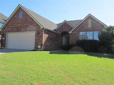 Owasso Single Family Home For Sale: 9013 N 132nd East Avenue