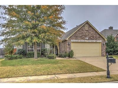Jenks Single Family Home For Sale: 12013 S Sycamore Street