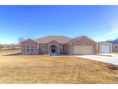 Coweta Single Family Home For Sale: 13561 S 237th East Avenue