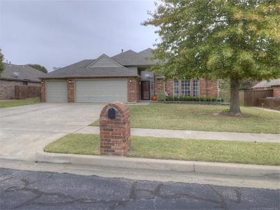 Owasso Single Family Home For Sale: 9903 N 119th East Avenue