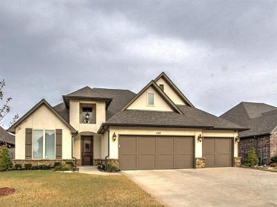 Broken Arrow Single Family Home For Sale: 3708 S Elder Boulevard