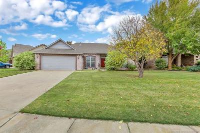 Owasso Single Family Home For Sale: 8813 N 130th East Avenue