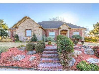 Owasso Single Family Home For Sale: 9802 E 84th Street North N