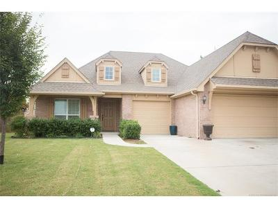 Jenks Single Family Home For Sale: 10906 S Olmsted Street