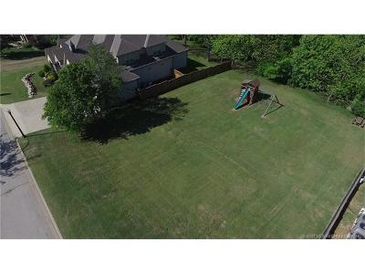 Jenks Residential Lots & Land For Sale: 10622 S Nandina Court