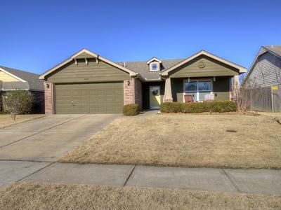 Owasso Single Family Home For Sale: 14713 E 108th Street North