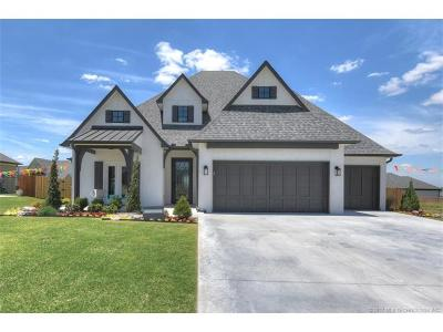 Jenks Single Family Home For Sale: 718 W 110th Street S