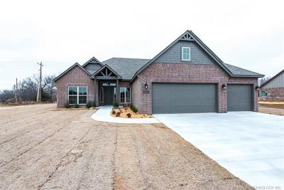 Sand Springs Single Family Home For Sale: 4308 S Woodland Avenue