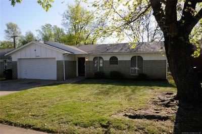 Claremore Single Family Home For Sale: 1630 N Chambers Terrace