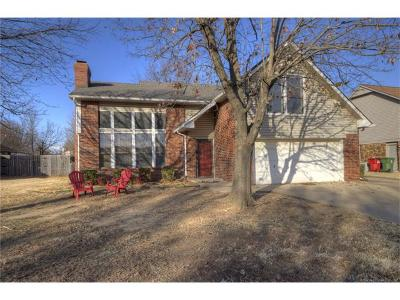 Owasso Single Family Home For Sale: 10803 E 96th Place N