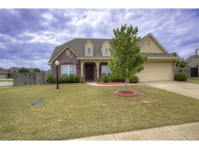 Owasso Single Family Home For Sale: 14013 E 101st Street North