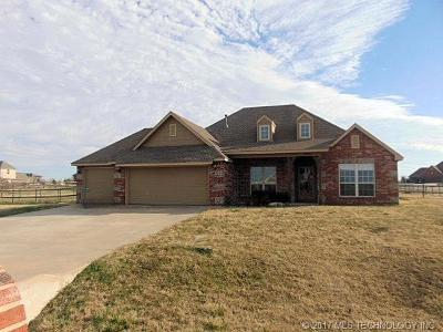 Osage County, Rogers County, Tulsa County, Wagoner County Single Family Home For Sale: 9442 E 139th Place North