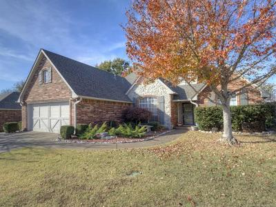 Claremore Single Family Home For Sale: 26460 Arrowood Drive
