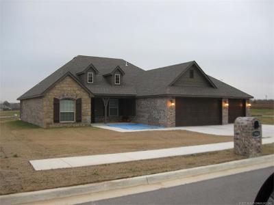 Claremore Single Family Home For Sale: 25245 S Willow Tree Court