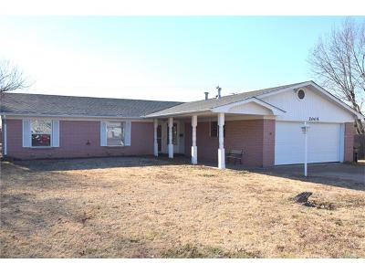 Claremore Single Family Home For Sale: 2005 Ridge Road