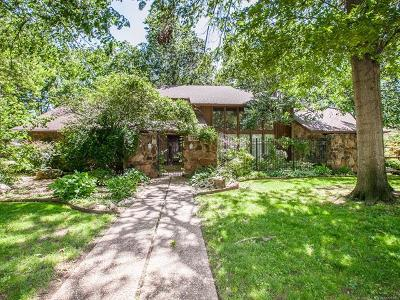 Tulsa Single Family Home For Sale: 6683 S Jamestown Place
