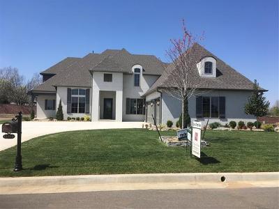 Jenks Single Family Home For Sale: 11014 S Gum Street