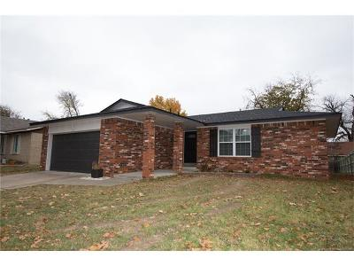 Tulsa Single Family Home For Sale: 2771 S 136th East Place