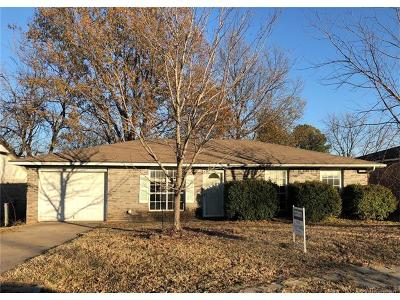 Glenpool Single Family Home For Sale: 14447 S College Street