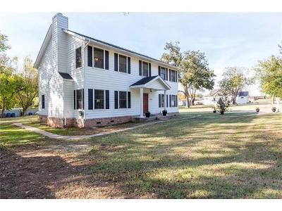 Tulsa Single Family Home For Sale: 8410 S Harvard Avenue