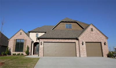Broken Arrow Single Family Home For Sale: 6622 S Willow Place