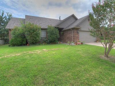Glenpool Single Family Home For Sale: 13771 S Poplar Street