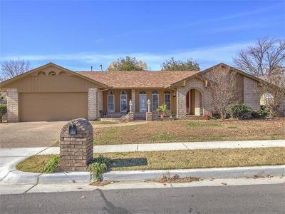 Tulsa Single Family Home For Sale: 2350 S 100th East Avenue
