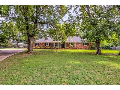 Tulsa Single Family Home For Sale: 8165 S 40th West Avenue