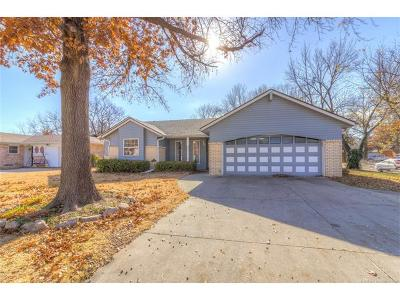Claremore Single Family Home For Sale: 1121 N Chambers Court