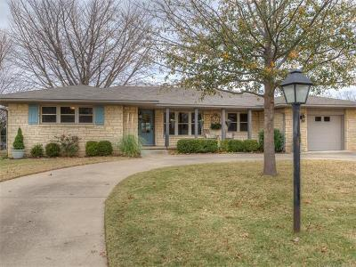 Tulsa Single Family Home For Sale: 3338 S Utica Avenue