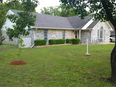 Okmulgee Single Family Home For Sale: 1705 S King Road