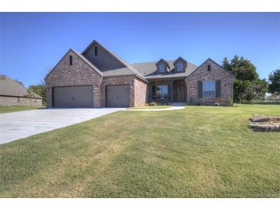 Claremore Single Family Home For Sale: 20871 Laurel Street