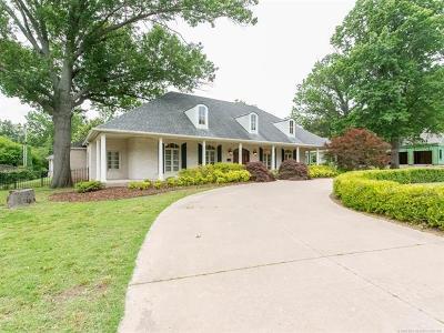 Tulsa Single Family Home For Sale: 2680 E 36th Street
