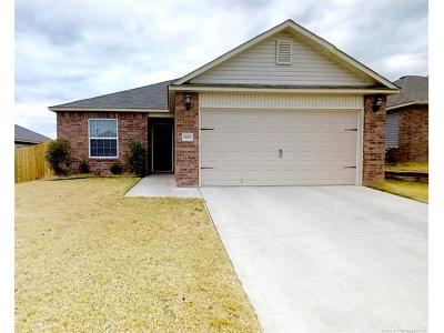 Bixby Single Family Home For Sale: 5839 E 148th Place