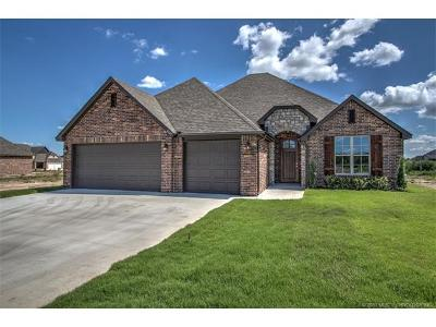 Owasso Single Family Home For Sale: 8109 N 74th East Avenue