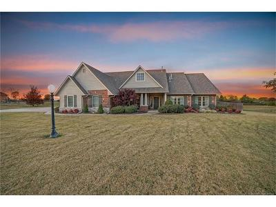Claremore Single Family Home For Sale: 14783 Fieldstone Drive