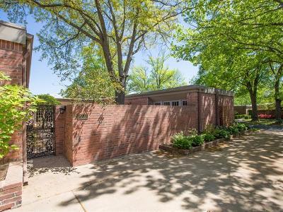 Tulsa Condo/Townhouse For Sale: 7232 S Atlanta Place #9-B