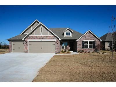 Jenks Single Family Home For Sale: 446 E 130th Street S