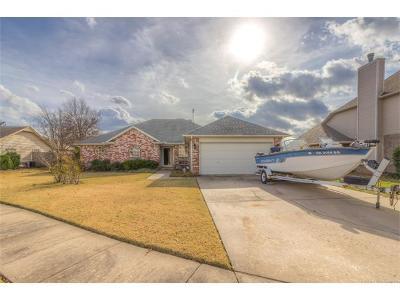 Owasso Single Family Home For Sale: 12720 E 77th Circle N