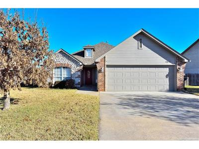 Collinsville Single Family Home For Sale: 11815 N 117th East Avenue